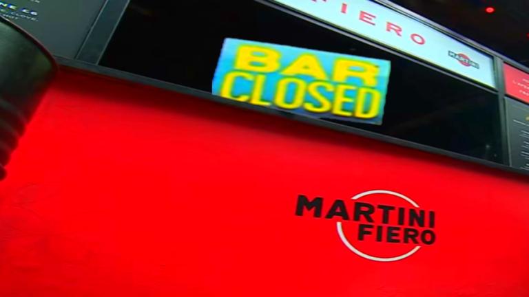 бары в Париже закрыты в связи с COVID-19