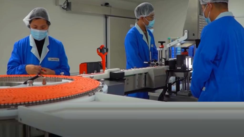 производство вакцины от коронавируса фирмы Модерна