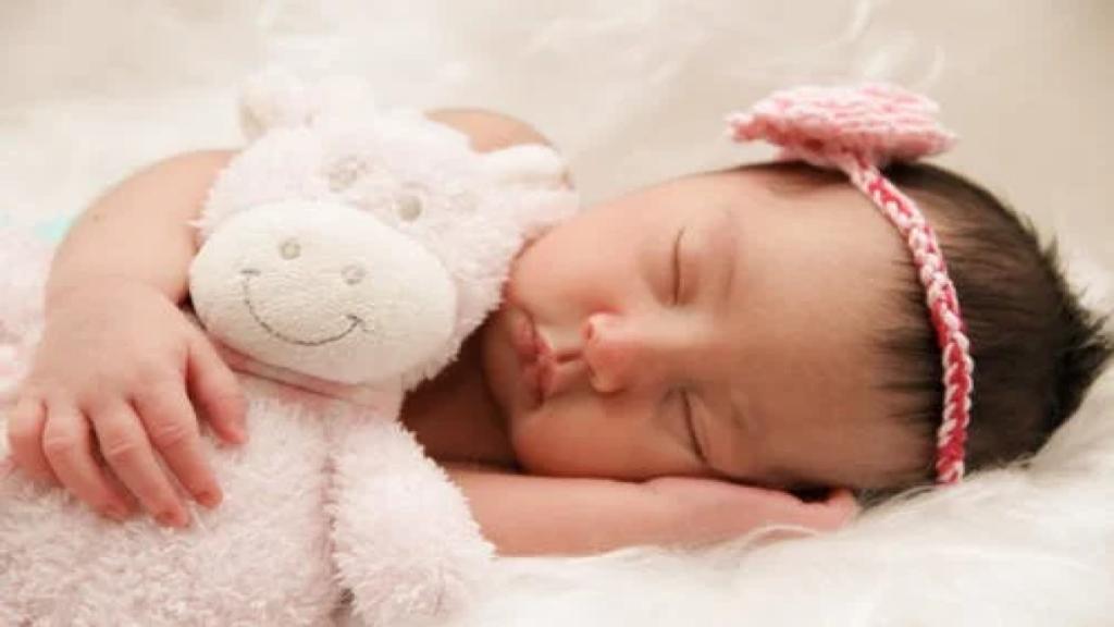 У новорожденных с COVID-19, появляются повреждения глаз